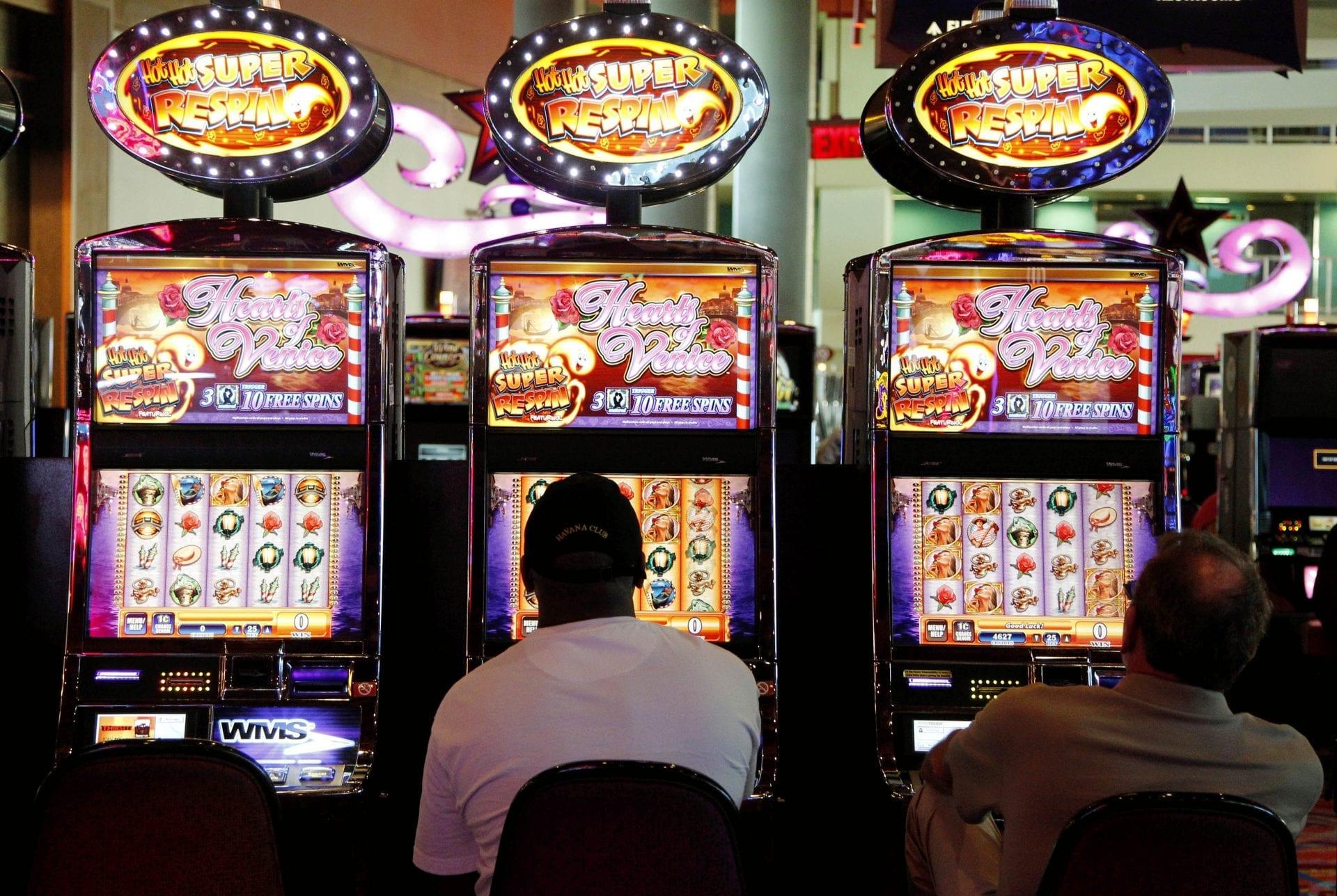"""Get benefits through """"mini"""" casinos"""